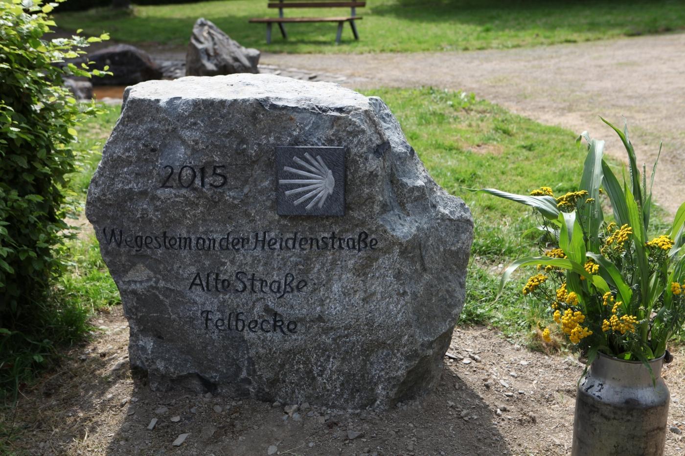 Pilgerstein an der Heidenstraße in Felbecke